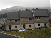 Housing Development, Ffynnonau